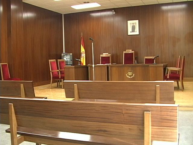 La Audiencia de Alicante confirma la condena a un acusado que amenazaba a chicas con difundir imágenes íntimas en redes sociales