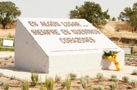 El Tribunal Supremo estima un recurso de Mapfre y reduce la indemnización a unas víctimas del accidente de Spanair en agosto de 2008 en Barajas